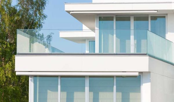 How Much does Glass Railing Cost?