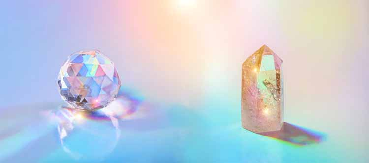 What's the Difference Between Glass and Crystal?